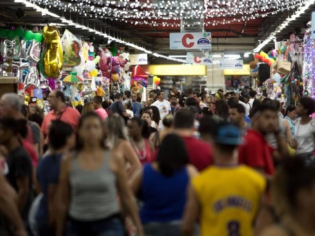 Com quase 60 anos, Mercadão de Madureira ganha título de bem imaterial do Rio