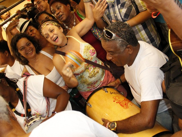 Celebrating Samba's National Day in Rio this Weekend