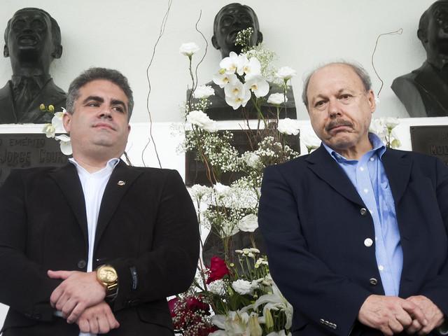 Bar acusa presidente do Santos de calote em festa por vitória na eleição