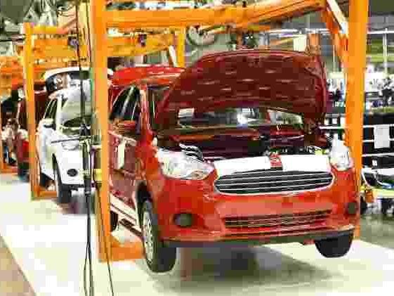 Montadora vai deixar o país | Ford planejava substitutos nacionais do Ka 3 meses antes de fechar fábricas