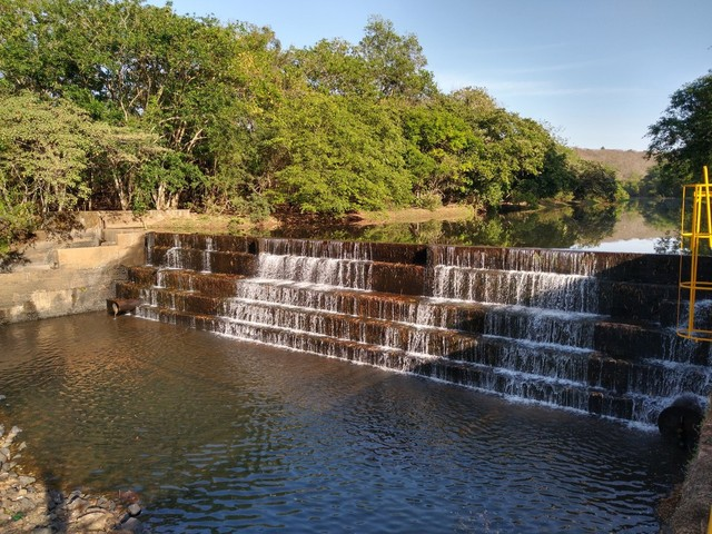 Codau fecha centros de reservação em determinados períodos do dia para tentar garantir água em Uberaba