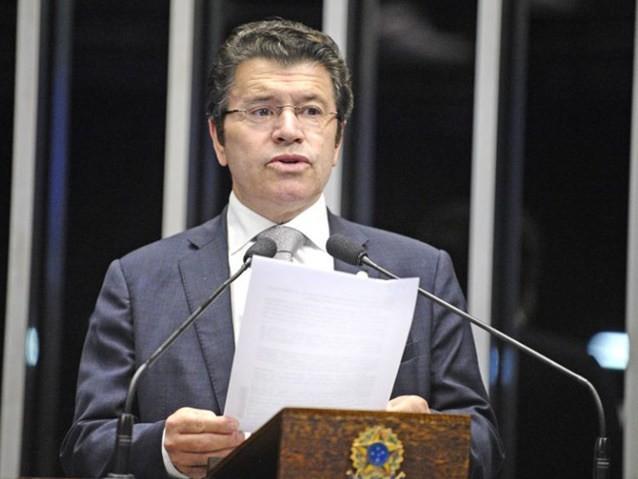 Deputado aliado de Bolsonaro quer remover imagens de animais do Real