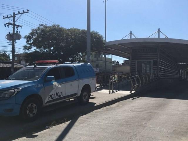 Comando Conjunto faz operação no Complexo do Rola e da comunidade de Antares, em Santa Cruz