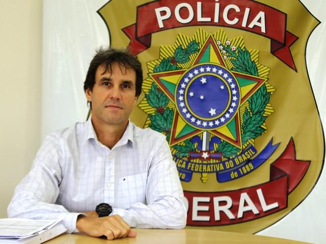 Delegado especialista no combate ao narcotráfico assume comando da PF em Santos
