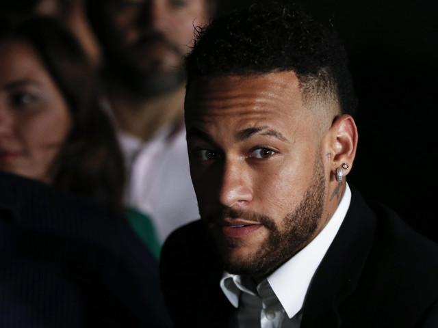 Neymar tem 36 propriedades bloqueadas pela Justiça