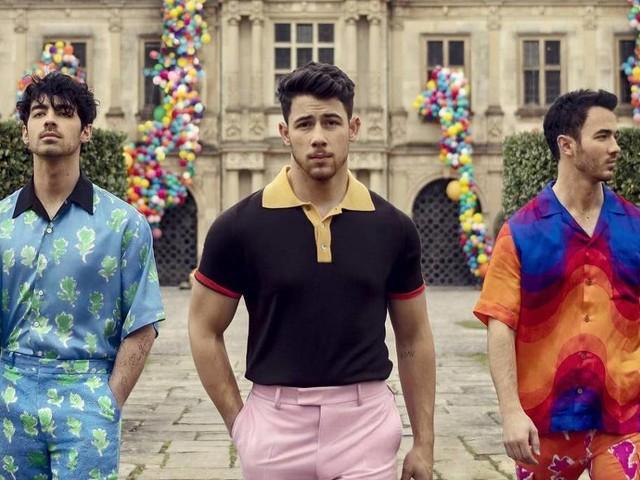 Jonas Brothers lançam música após seis anos separados: 'É bom estar de volta'