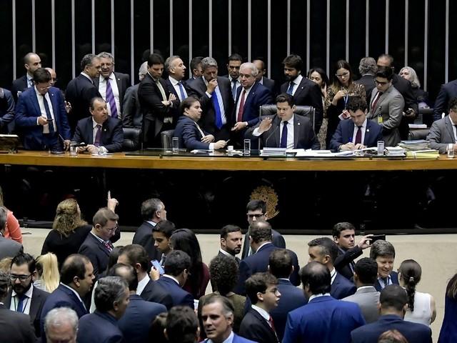 Reforma tributária será prioridade na volta do Congresso, dizem líderes