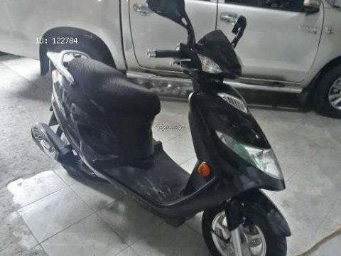 Vendo moto año 2020 suzuki an125 con 180 kmt