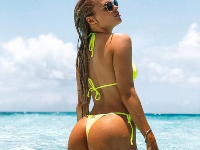 Luisa Sonza posta fotos de biquíni durante férias no Caribe