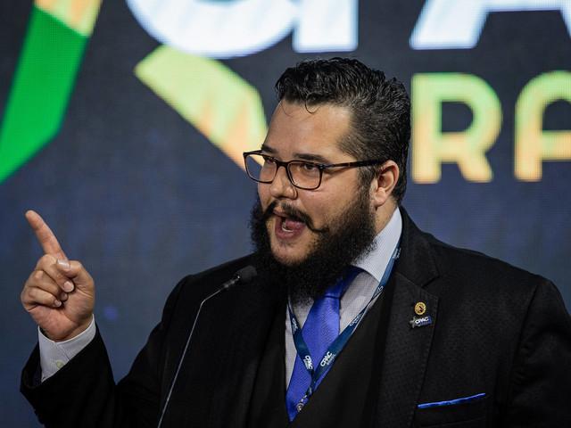 Bernardo Küster | Centrão é dono do poder, diz influenciador bolsonarista