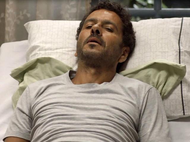 A Dona do Pedaço: Amadeu recebe notícia trágica e fica chocado