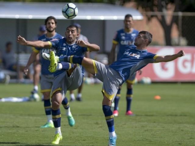 Novidades, susto no treino e novela Sassá: a quarta feira do Cruzeiro