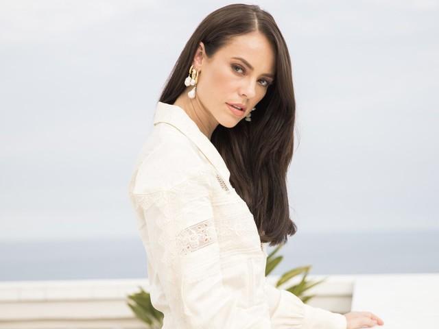 Paolla Oliveira usa vestido de estilista das Kardashians em A Dona do Pedaço