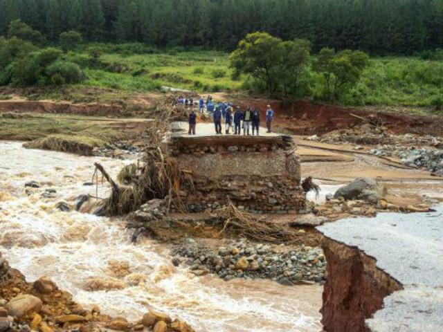 Mota-Engil propõe-se a ajudar Moçambique com um milhão de euros em obras