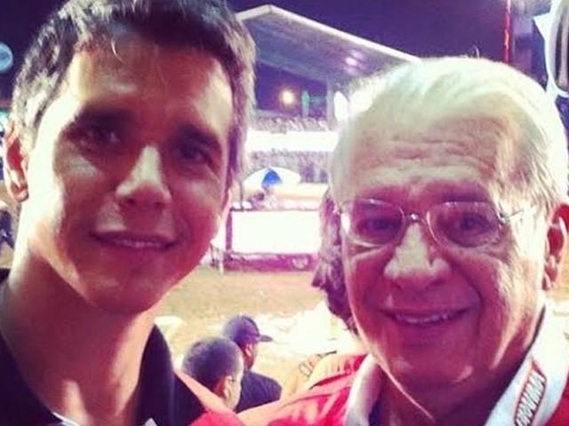 Marcio Garcia relembra momento com o pai e atualiza sobre estado de saúde