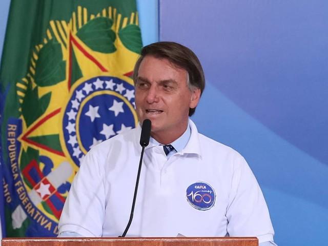 Nós fizemos a nossa parte, diz Bolsonaro sobre Manaus