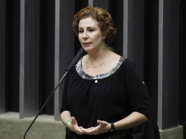 Zambelli: Suspensão é demonstração da 'falta de democracia' no PSL