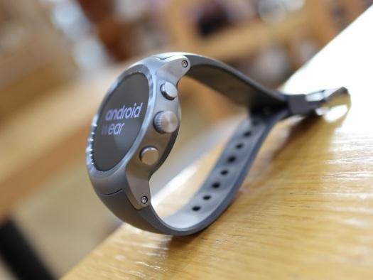 Google divulga os smartwatches que vão receber o Android Wear Oreo