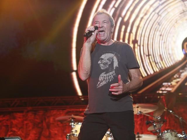 Deep Purple faz passeio pela história da banda em show no Rio