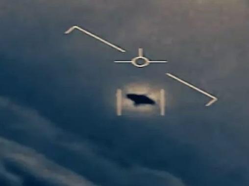 Vídeo secreto de OVNI divulgado pelo NYT é confirmado pela Marinha dos EUA