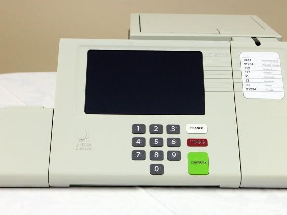 Como vai funcionar (ou não) o voto impresso nas urnas eletrônicas de 2018