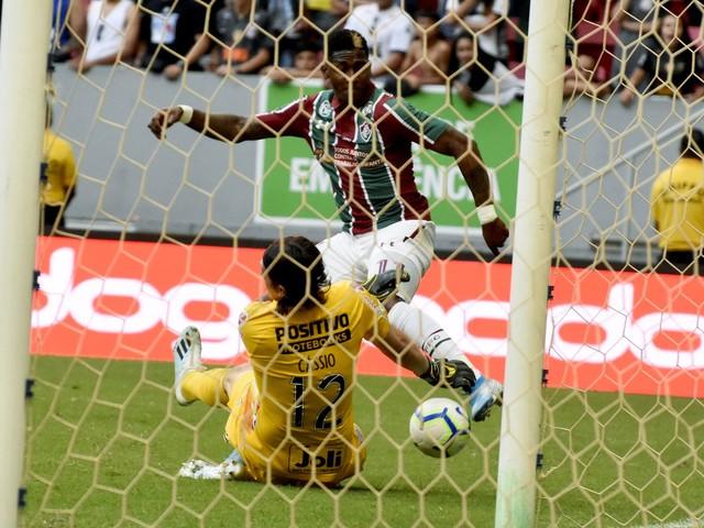 """Re: Cássio assume falha em gol do Fluminense: """"Não pode acontecer"""""""