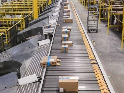 Funcionários da Amazon entram em greve em plena Black Friday