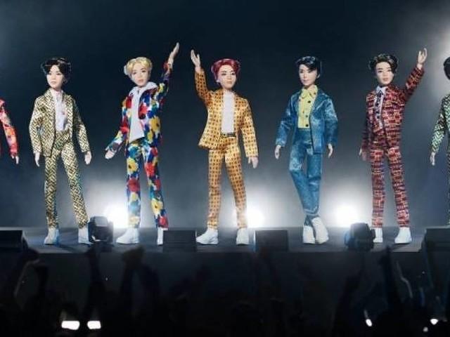 Integrantes do grupo de K-pop BTS viram bonecos em lançamento da Mattel