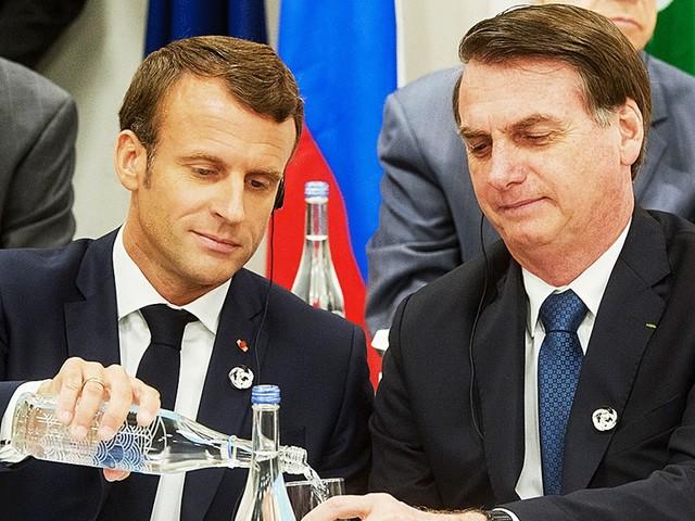 Bolsonaro comenta post que ridiculariza primeira-dama da França