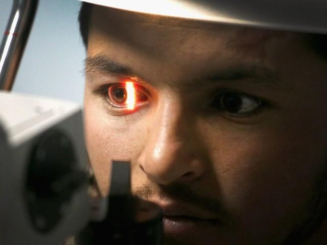 IA do Google diagnostica doenças do coração escaneando os seus olhos
