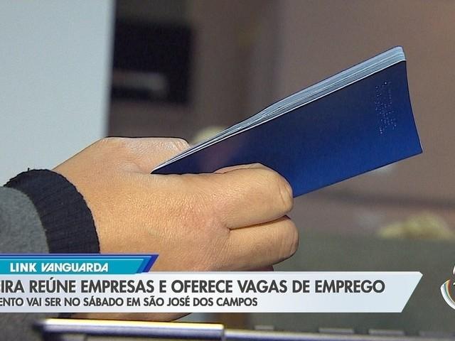Feira reúne empresas que oferecem vagas de emprego em São José