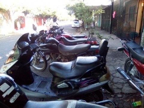 Vendo 6 motos para trabajo semi nuevas mensajera montañera