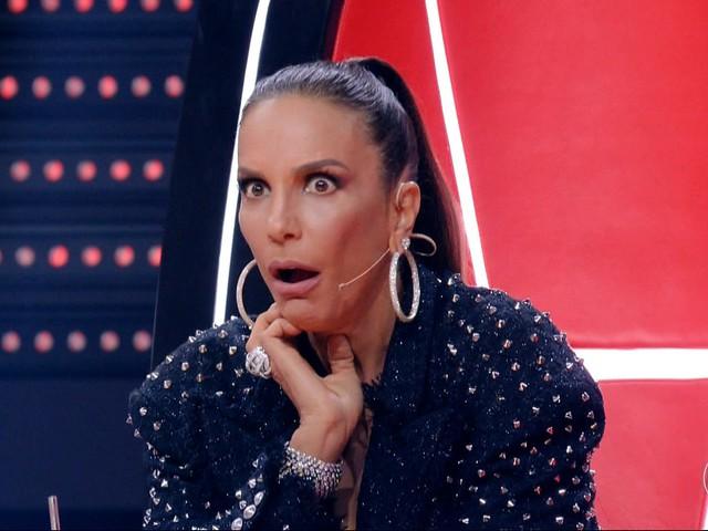 """Ivete Sangalo surge em foto antiga e público aponta semelhança absurda com filho: """"Idênticos"""""""