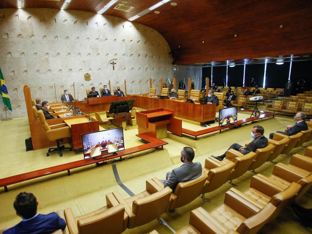 STF decide que funcionários de estatais não podem permanecer no trabalho após aposentadoria