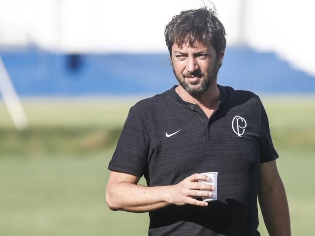 Duílio nega interesse do Corinthians por Rony, mas não descarta possibilidade