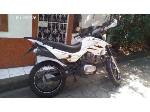 Se vende Moto Raybar 200