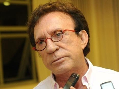 """Demitido, Moacyr Franco diz que salário mensal de R$ 40 mil era """"insignificante"""""""