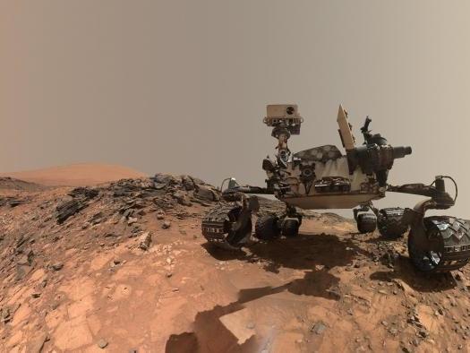"""Musk acredita que há chances de primeiro """"habitante"""" de Marte ser uma IA"""