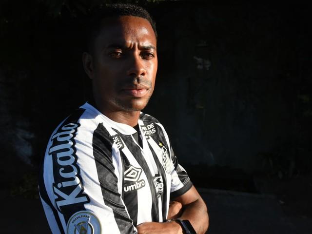 Santos faz acordo para pagar dívida a Robinho; veja detalhes