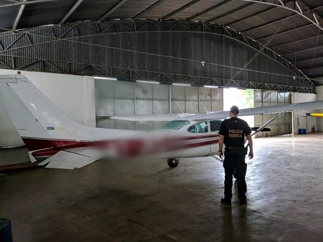 PF apreende avião usado no transporte de ouro de garimpos ilegais em Terra Indígena Kayapó, no PA