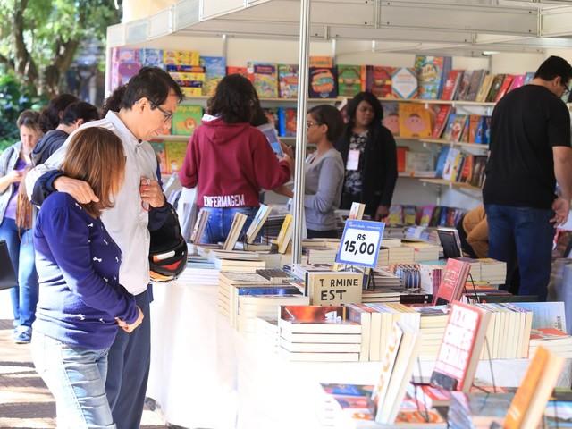 Feira do Livro de Ribeirão Preto espera público maior e foca em projetos de formação de leitores