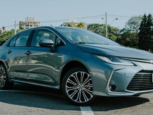 Análise   Toyota Corolla 2020 Hybrid dá show em consumo, tecnologia e conforto