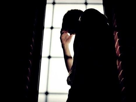 Suicídio acontece mais entre as classes médias e menos entre pobres