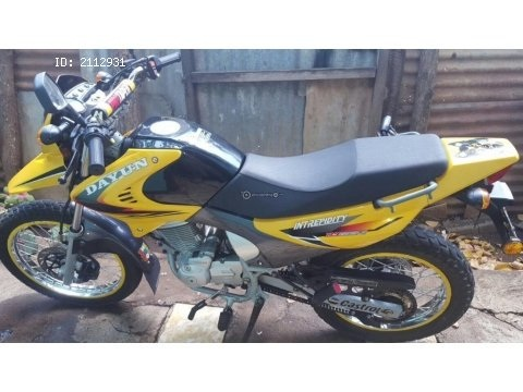 Hermosa moto dayun 150 cc