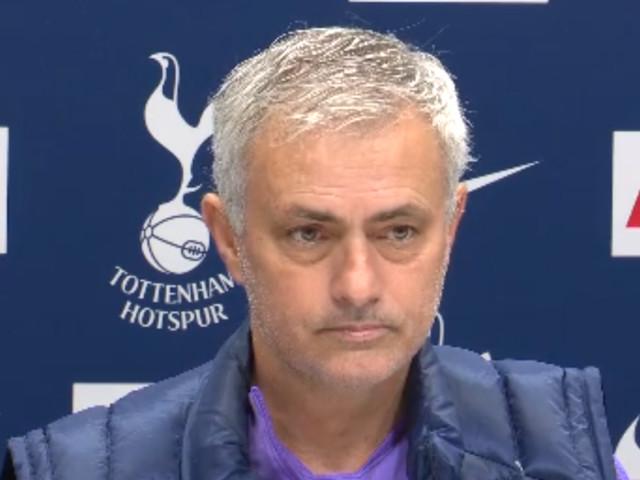 Mourinho exalta reação do Tottenham sobre o Norwich