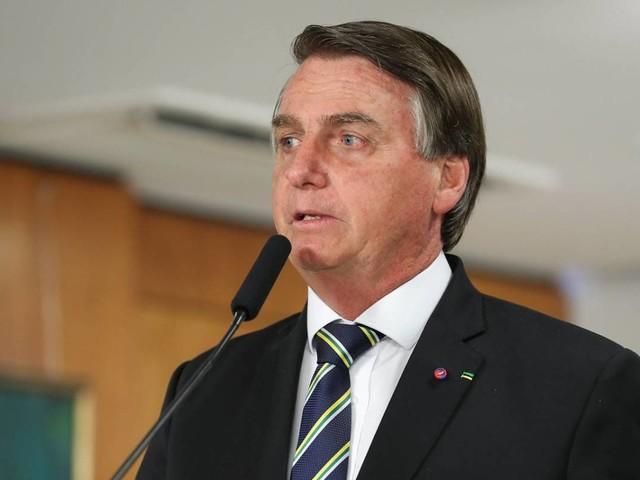 Aprovação de Bolsonaro cai para 26%, aponta pesquisa