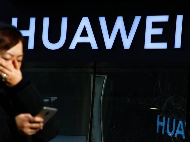 Huawei demite funcionário preso na Polônia sob acusações de espionagem