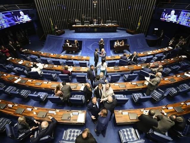 Senado aprova que parlamentares destinem recursos diretamente a estados e municípios