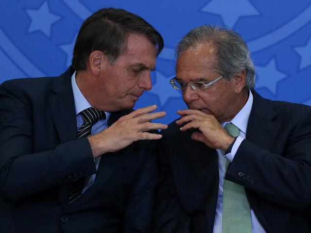Bolsonaro diz que reforma administrativa 'está madura' e Guedes defende palpite do presidente no texto