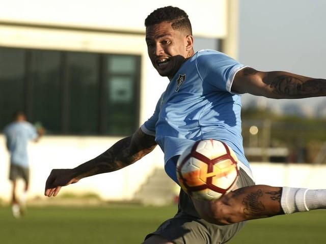 No Fluminense, Luciano 'entrega' Léo fora de jogo com Nacional